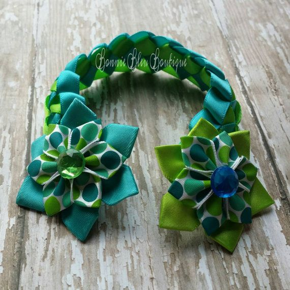 Check out this item in my Etsy shop https://www.etsy.com/listing/241093836/green-and-turquoise-dahlia-flower