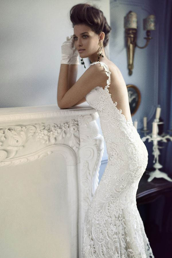 Sexy backless lace fitted wedding dress with a sweetheart for Backless wedding dresses with sleeves
