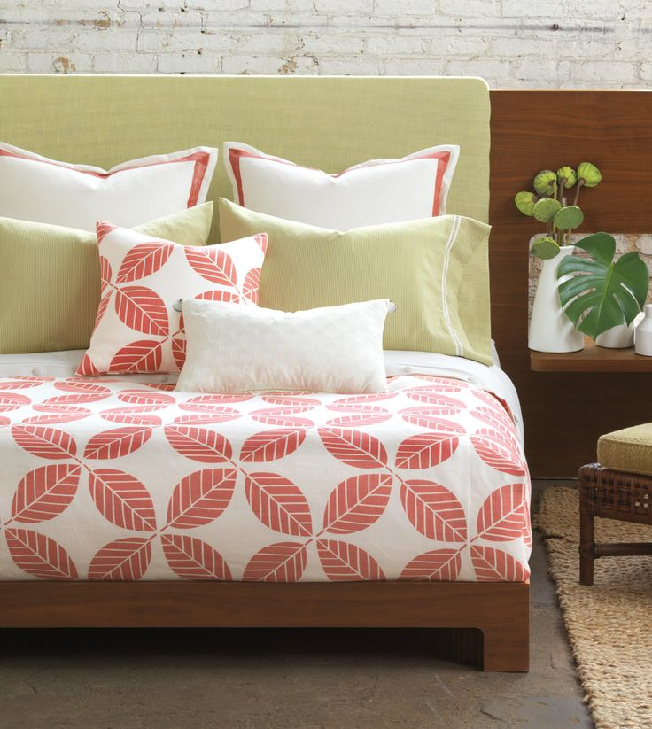 niche luxury bedding by eastern accents estefan collection