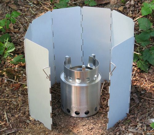 Cook faster and use less fuel with our lightweight aluminum windscreen. Designed…