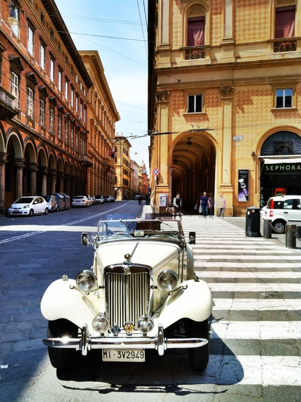A classic car in a classic setting. Bologna, Italy #blogville