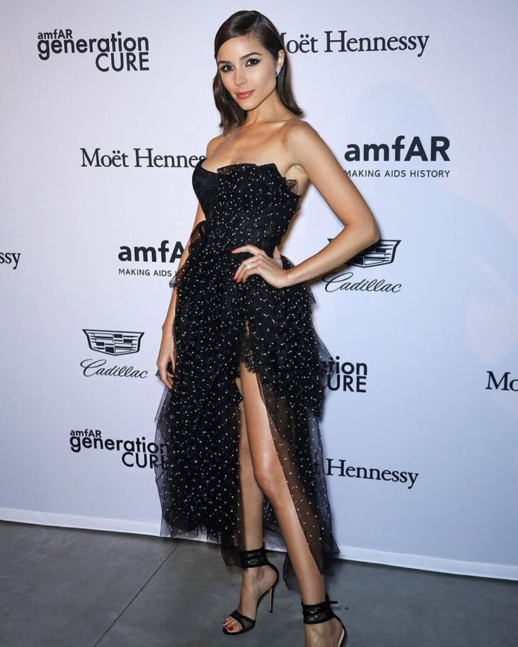 Proud to support @amfar and #amfARgenCURE in raising HIV awareness last night on such an important day, #WorldAIDSday ❤️❤️ Donate now to help support the search for an HIV cure: amfar.org/donate/ #BeEpicEndAIDS #WorldAIDSDay