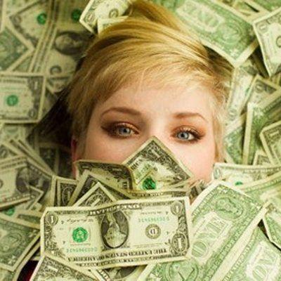Video Ini Membuktikan Kalau Wanita Itu Mata Duitan  Seorang wanita mencari seorang lelaki yang kacak dan kaya bukan cerita baru Bahkan mereka selalu dikaitkan dengan istilah mata duitan Tapi benarkah demikian Baru baru ini sebuah video percubaan sosial cuba membuktikan perkara ini Mereka mem... Readmore: http://babab.net/feed/ http://ift.tt/2taTqfR Readmore: http://ift.tt/2tvklny http://ift.tt/2tDgyVq http://ift.tt/2tp9hsx