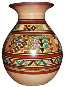 Imagen de http://www.cuscostores.com/nuevo-catalogo/andean-ceramic-objects/thumbs/andean-ceramic-objects-02.jpg.