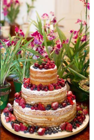 Naked cake: com aparência rústica, bolo pelado é tendência para casamentos