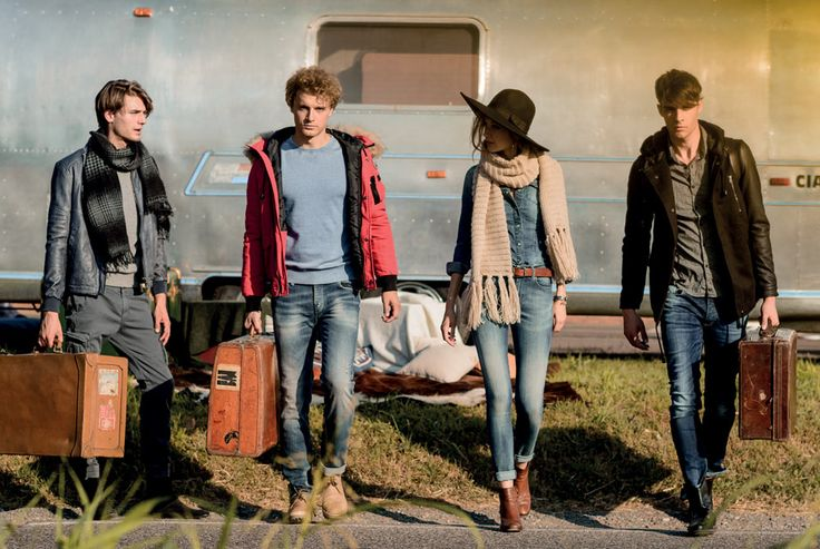 Boy1: Scarf REPLY-P736, Jacket BELLY-F153, Sweatshirt DIRAC-T342, Pants FARUK-G523 | Boy2: Jacket FLUNK-P655, Sweatshirt SAHIB-T614, Pants COPAY-J931 | Girl: Shirt KREIA-J655, Pants SUSAN-J360 | Boy3: Jacket BUBER-C805, Shirt GORAN-C935, Pants DIKER-J551