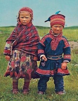 Photo a postcard of children in Kautokeino Norway: Website of Alan Borvo and Angelina Vinciguerra