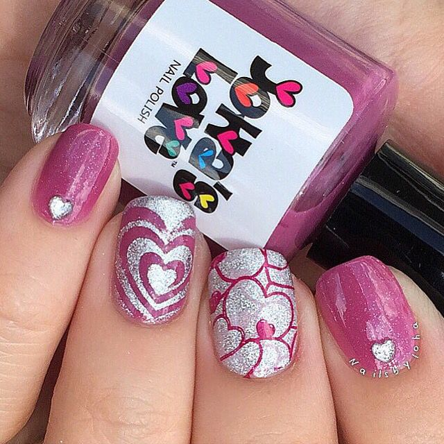 "Pretty Hearts and Perfect Manicures!  Mani by the fantastic @nailsbyjoha! ≫ I ""Heart"" Swirl #NailVinyls www.snailvinyls.com"
