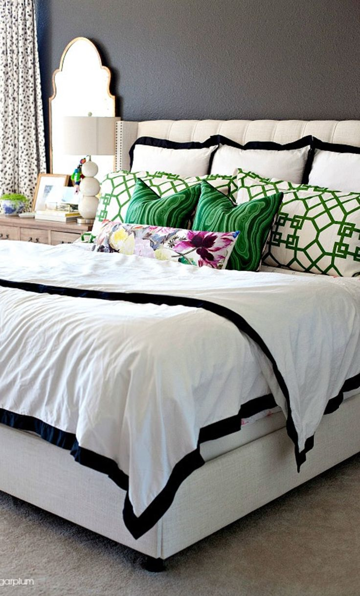 17 Best ideas about Gray Green Bedrooms on Pinterest ...