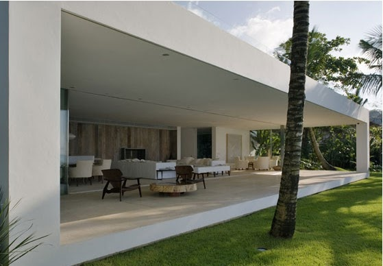 Casa em Iporanga: ISAY WEINFELD