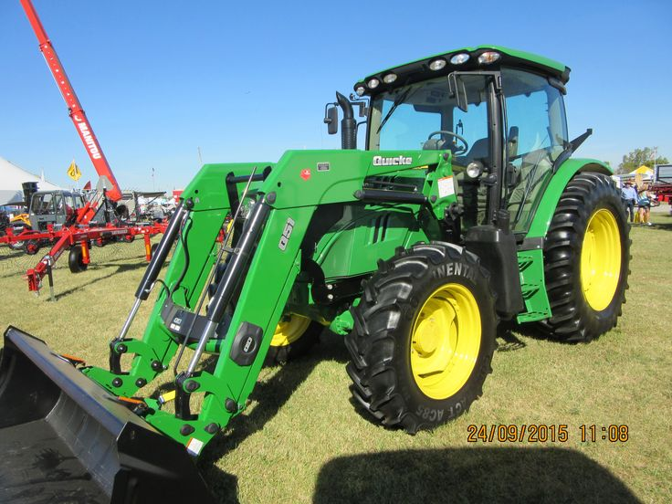 JOhn Deere 6125R cab tractor equipped with Quicke Q51 loader