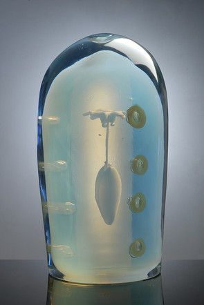 Oiva Toikka - Tyven 2014. Hand blown glass 34x19x19cm