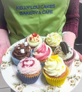 Cupcakes in many flavours http://www.kellylou.com/wp3/cupcakes/