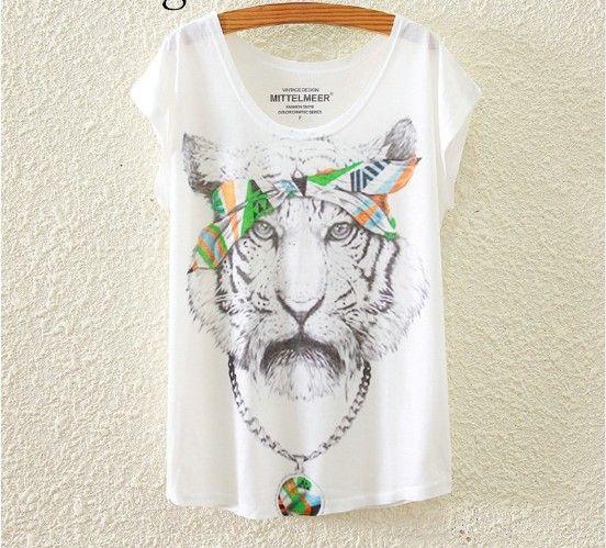 Dámské letní volné triko bílý tygr – dámská trika Na tento produkt se vztahuje nejen zajímavá sleva, ale také poštovné zdarma! Využij této výhodné nabídky a ušetři na poštovném, stejně jako to udělalo již velké …