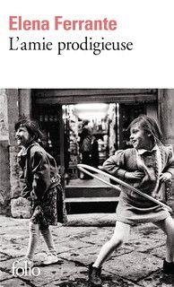 Naples (Années 60) - Adolescence - Pauvreté - Ascension sociale. Un roman dans lequel j'ai d'abord eu du mal à rentrer, puis que je n'ai plus réussi à lâcher une fois attachée aux personnages. Lena et Lila sont toutes deux passionnantes, leur volonté de sortir de la misère, la découverte des premiers émois, mais aussi la complicité et les rivalités. Un roman qui sent bon l'Italie et dont on veut lire la suite.