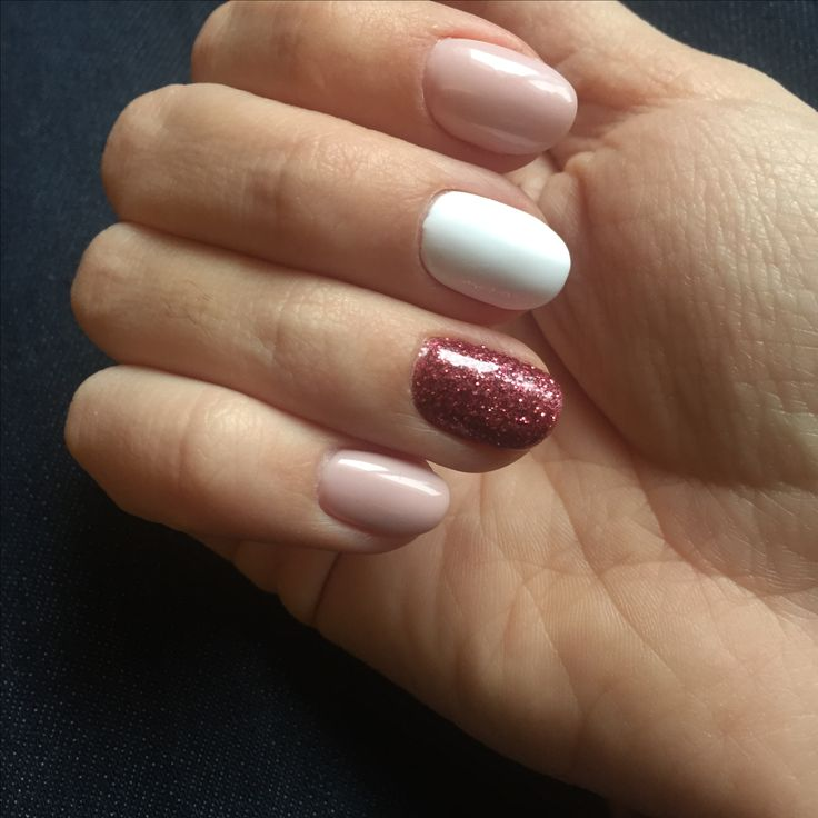 Pastel rose nails, glitter, oval nails, tender, autumn, white, nail art