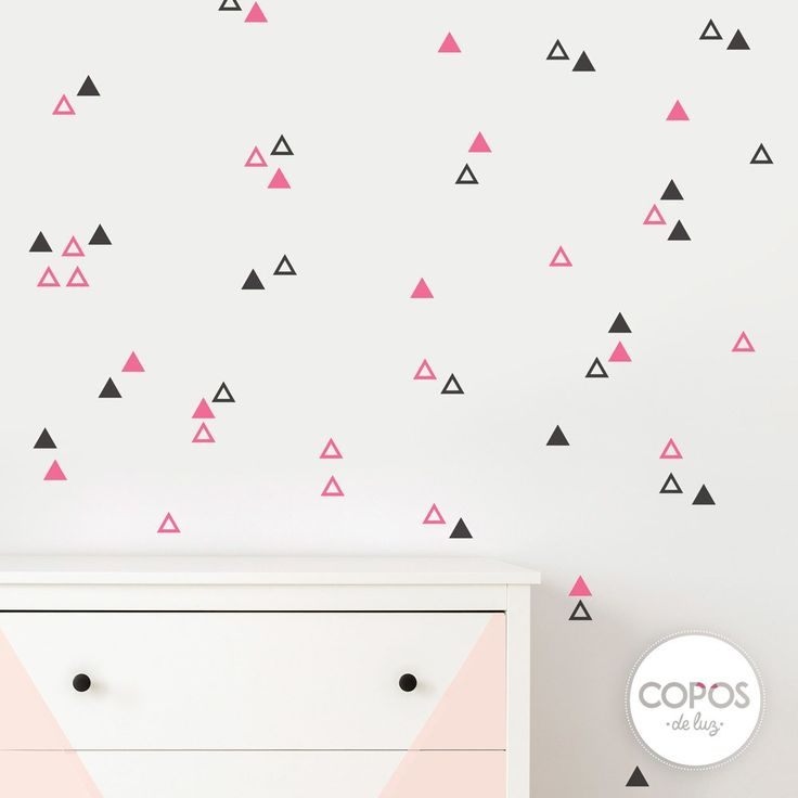 Vinilos decorativos con forma de Triángulos fuxia y negro #vinilos #decorativos #infantiles #trama #deco #decoracion #vinilodecorte #corte #pared #triangulos #fuxia #negro