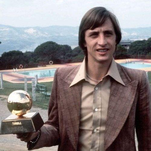 Johan Cruyff (1974, FC Barcelona, Netherlands)bron John kroonsberg Pinterest