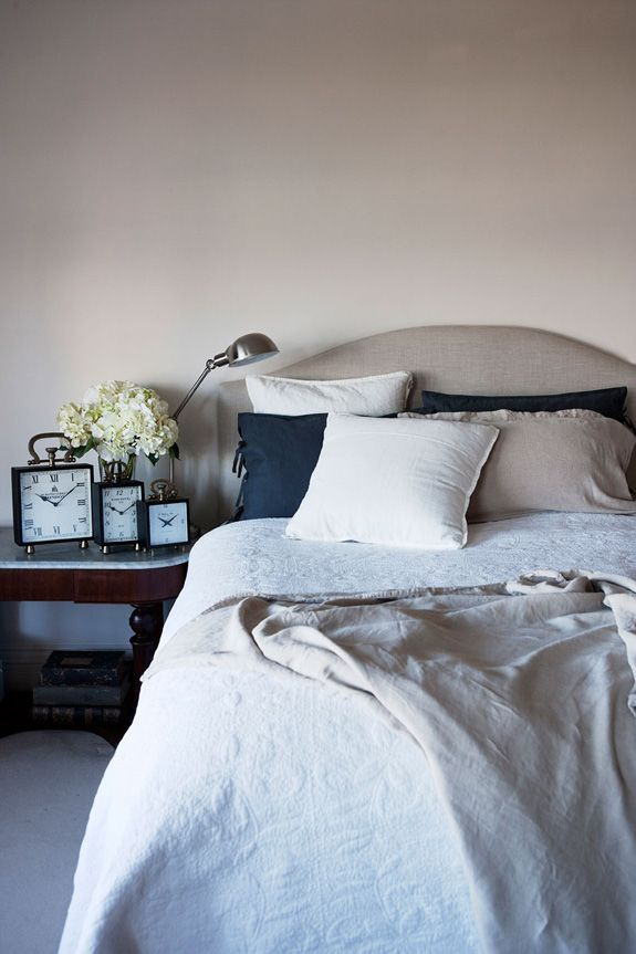 Inspiration from Imogen Naylor via Desire to Inspire: Home Bedrooms, Decor Imogen, Neutral Linens, Boudoir, Bedside Decor, Decor Posts, Master Bedrooms, Imogen Naylor Serenity, Desiretoinspire Net