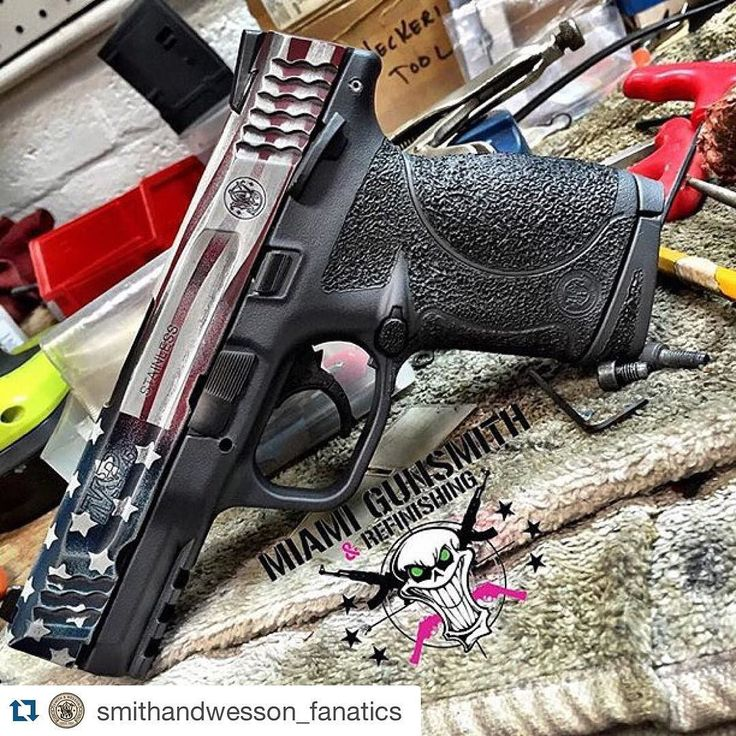 "who-loves-guns-i-love-guns: "" #Repost @smithandwesson_fanatics ・・・ From @miamigunsmith S&W M&P 45. Slide refinished in a Distressed American Flag, Frame Stippled and refinished in a Two Tone Cerakote..."