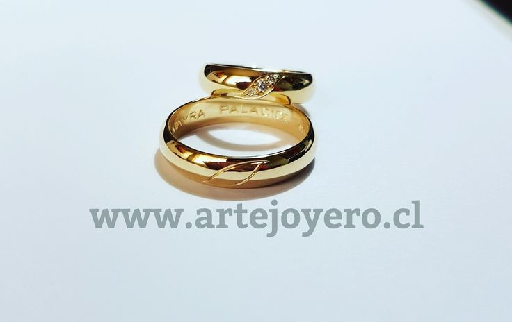 Argollas 12 gr , diamantes +56977900432 www.artejoyero.cl