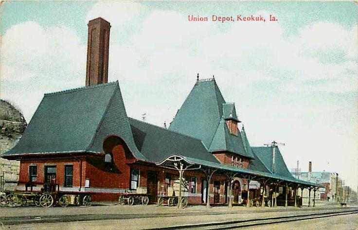 Keokuk Iowa 1908 Union Railroad Depot Vintage Postcard