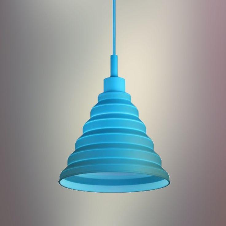 Moderný závesný silikónový luster s textilnou šnúrou v modrej farbe. Závesné svietidlo v modernom dizajne je kvalitný a zároveň moderný typ stropného lustru