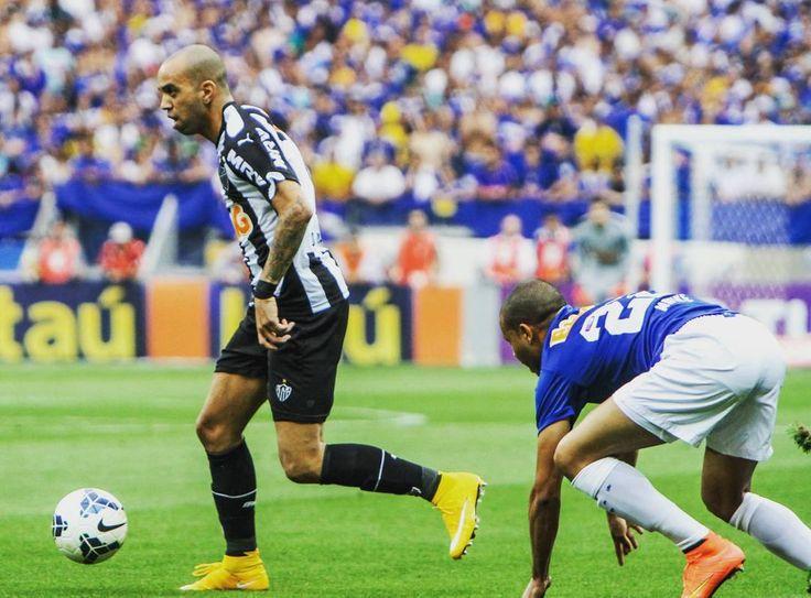 Hoje Tem #GALO  _ Hoje às 11h o Galo encara  Crüzeiro pelo Campeonato Mineiro jogo vale a liderança do Campeonato.  _  JOÃO x Maria  _ E ai massa qual e o seu palpite para o clássico de hoje? Deixe ai nos comentários o seu palpite. _ Boa Noite CAMbada  _  Marque seus amigos   _ #Galo #VamosGalo #AtleticoMineiro #pedalaqueelastremem #EuAcredito #MG #aquiégalo #YesWeCam #galodoido #Libertadores2016  #Atleticomg  #Galofortevingador #GaloNaLibertadores #Horto #Caldeirãdogalo #Independência…