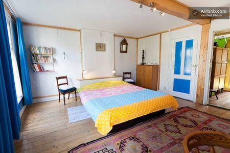 Dai un'occhiata a questo fantastico annuncio su Airbnb: SunFlower, A Sunny B&B + 2 Bicycles a Amsterdam