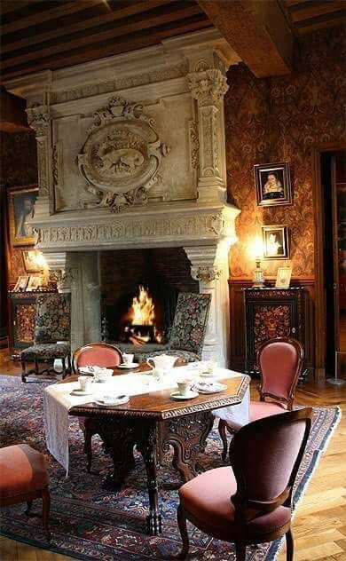 Traditional Home. Living Room. Antique Fireplace.