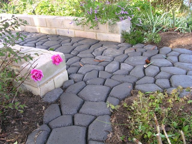 DIY 60cm Garden Stone Concrete Cement Mold Paver Walkmaker Pathmaker Mould  Listing On EBay That Has Ended But The Pics Are Good For Ideas! On A Siu2026