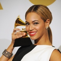 Beyoncé | GRAMMY.com: Grams Winner, Amazing Hair, Awards 2013, Google Search, Ombre Obsession, Grams Awards, Bejewel Grammi, Hair Tips, Beyoncé Ganó