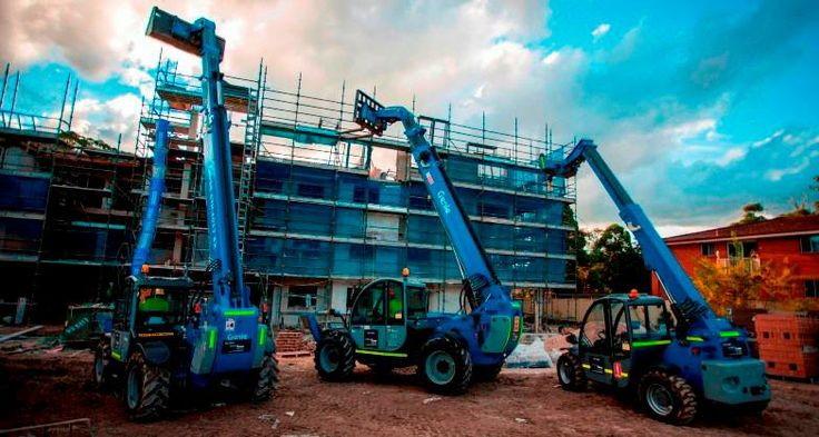 We are the experts in telehandlers- hire one from us and make light work of your heavy lifting!