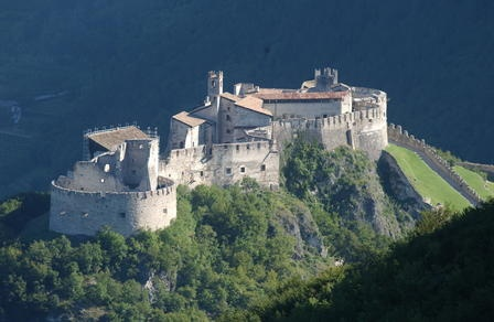 Castel #Beseno, #Trentino Alto Adige - www.BedAndBreakfastItalia.com #Italy