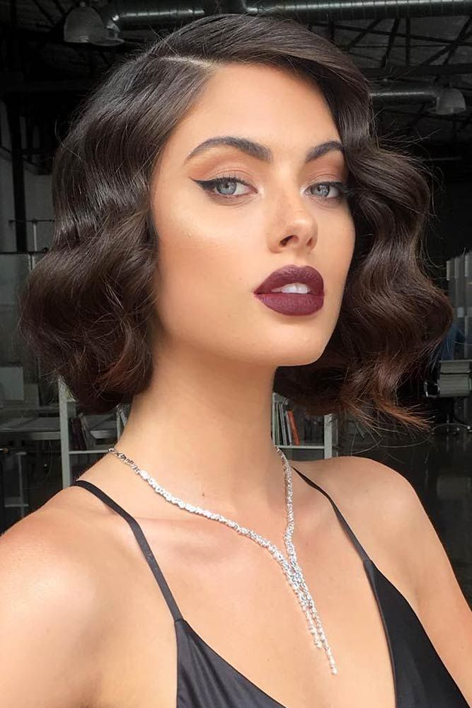30 Handy Styling Ways For Short Wavy Hair To Make Everyone Envy Prom Hairstyles For Short Hair Hair Styles Short Wavy Hair