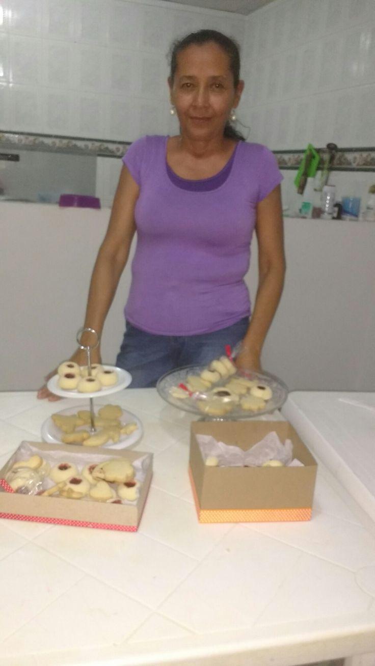 Clase personalizada de galletas con la sra  Isabel Suarez