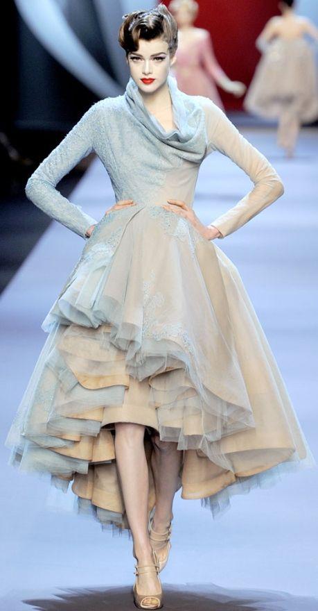 Christian Dior - #couture / #hautcouture / #christiandior / #runwayfashion / #cocktaildress / #galadress