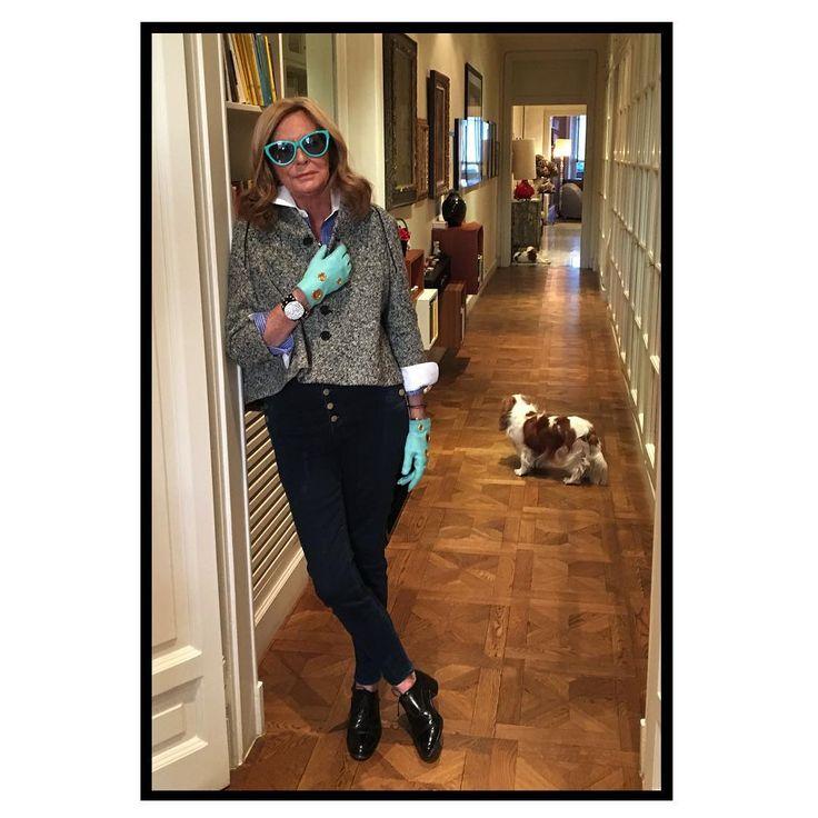 1,173 отметок «Нравится», 42 комментариев — Rossella Jardini (@rossellajardini) в Instagram: «FriYAY ❤ #rossellajardini #rjstyle #lungavitaallasignora»
