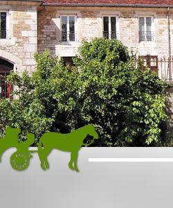 Le Logis Neuf à Lavigny - Gîte étape Jura - Relais équestre - Balade en calèche - Mariage en calèche