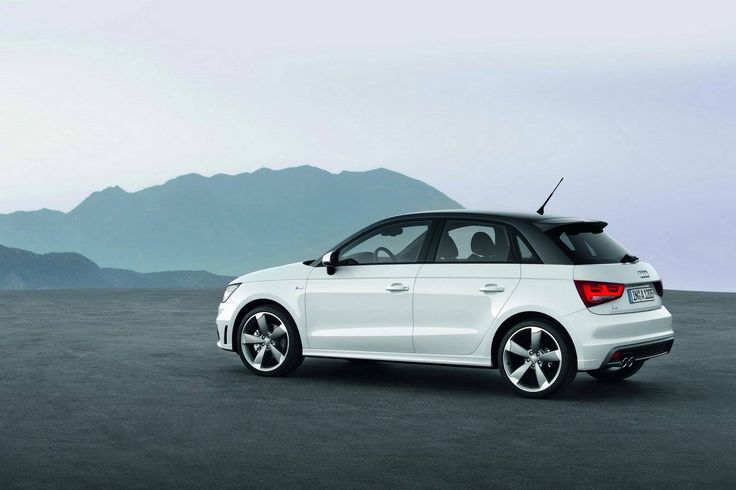 Audi A1 Engine: 2.0-litre 4-cylinder Power: 225PS of max power The Audi A1 is expected to launch this December'16 at a price range of 20 lac.  #audia1 #carwhoops