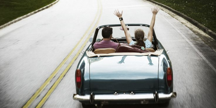 How To Create The Ultimate Playlist For Your Next Road Trip