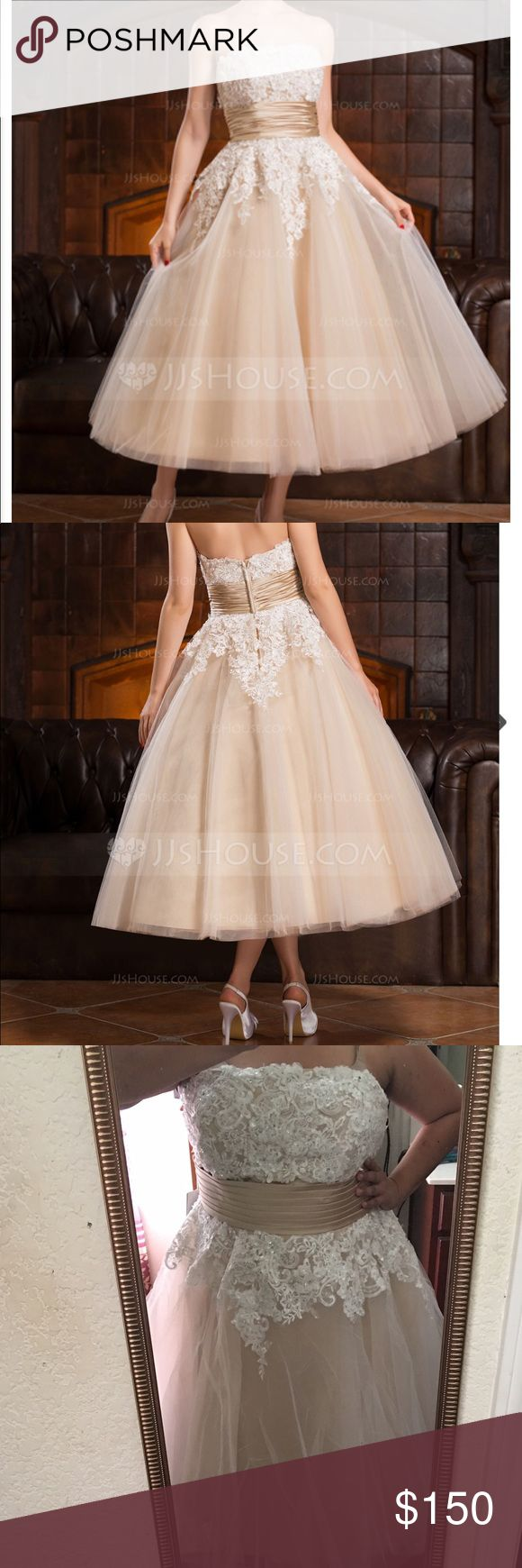 NEW WITH TAGS! Wedding Dress! Brand new wedding dress!! I simply changed color schemes and found a different dress! Willing to negotiate on price, but please be somewhat reasonable on offers, and NO cashier's check will be accepted outside this site! 😬 JJ's House Dresses Wedding