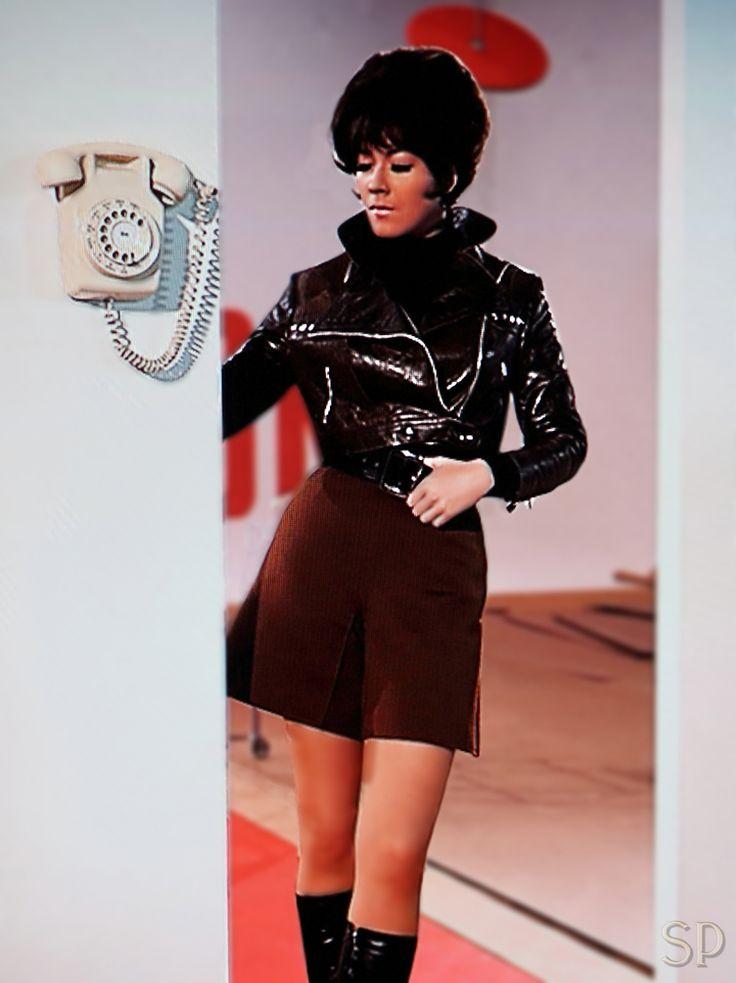 Mit Schirme, Charme und Melone - Linda Thorson als Tara King - GB 1961–1969 (The Avengers) 161 Folgen