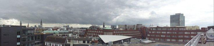 Blick von der Dachterrasse - http://www.hrmconsulting.net/stellenmarkt/job/hamburg/online-marketing/direkteinstieg-als-kampagnen-manager/po010ahp