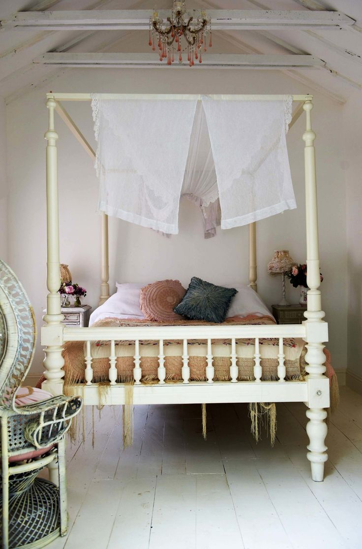 4 poster bed designs - Shabby Romantic Bedroom With White Four Poster Canopy Bed