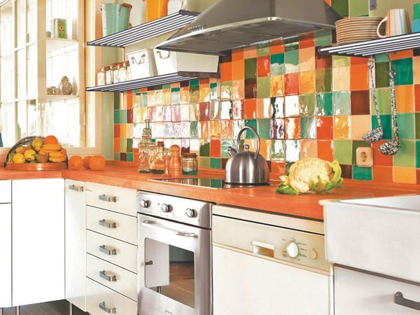 Una cocina de estilo retro