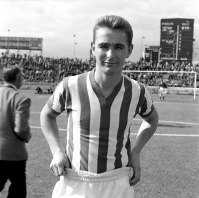 Brian Clough signed for Sunderland from Middelsborough for £40 000 in 1961. He scored 63 goals in 74 appearances.