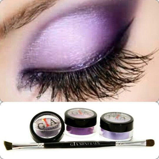 Add pizzazz to your look with beautiful purple shadows @giaminerals. Great on any eye color.