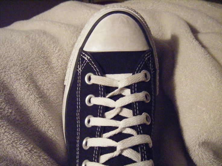 Cute and fun lacing styles~ Loop back lacing + other lacing ideas.