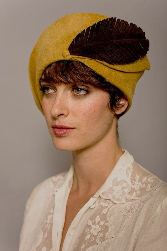 French Cloche with Velvety Brown Felt от behidadolicmillinery